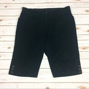 Lane Bryant black capris pants